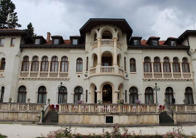Gala dinner at Vrana Palace
